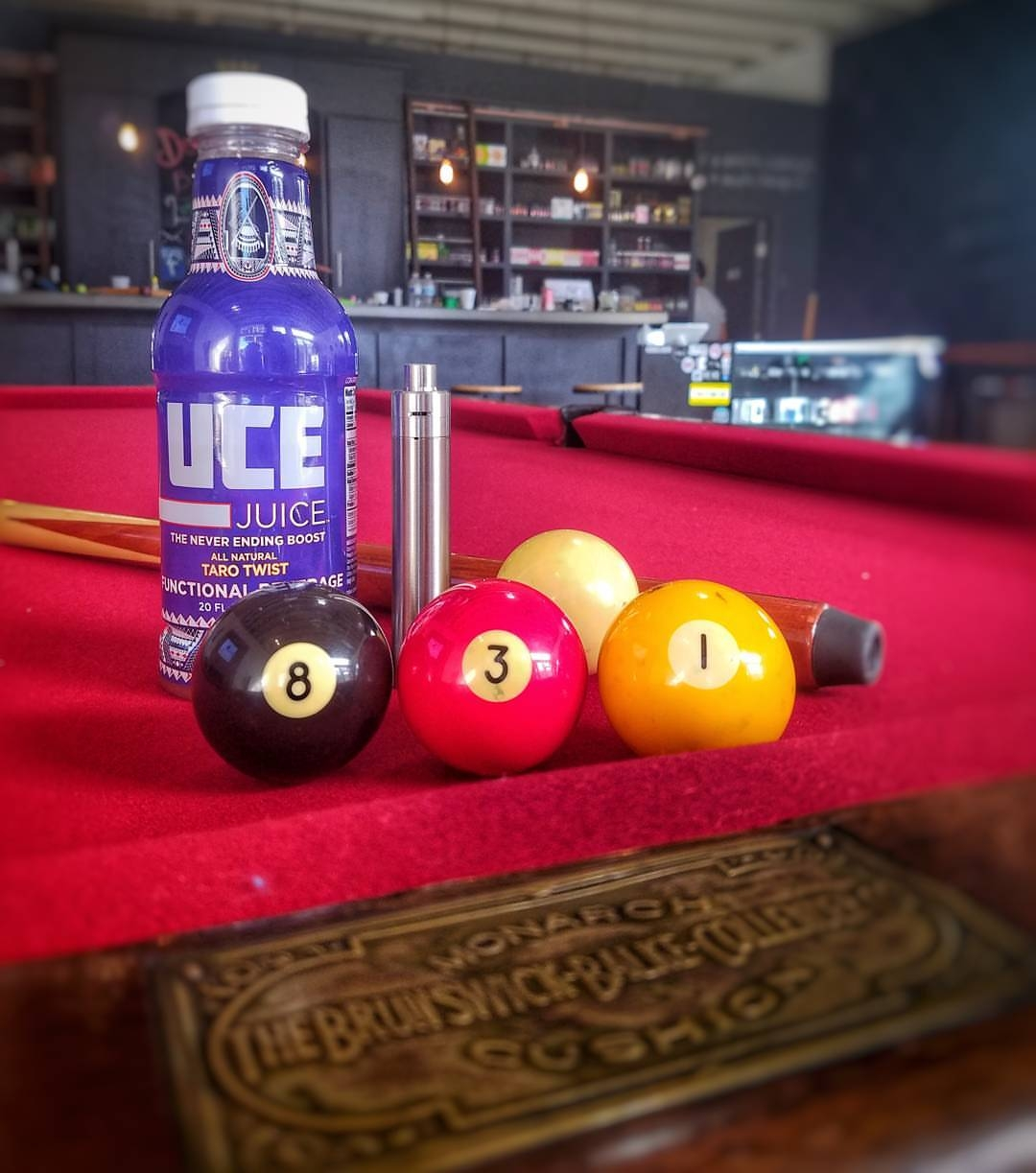 New Pool Table and UCE Juice at The Vape Club   Lighthouse